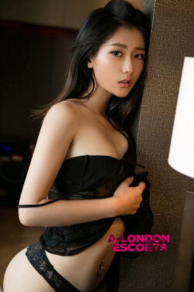 tempting asian escort