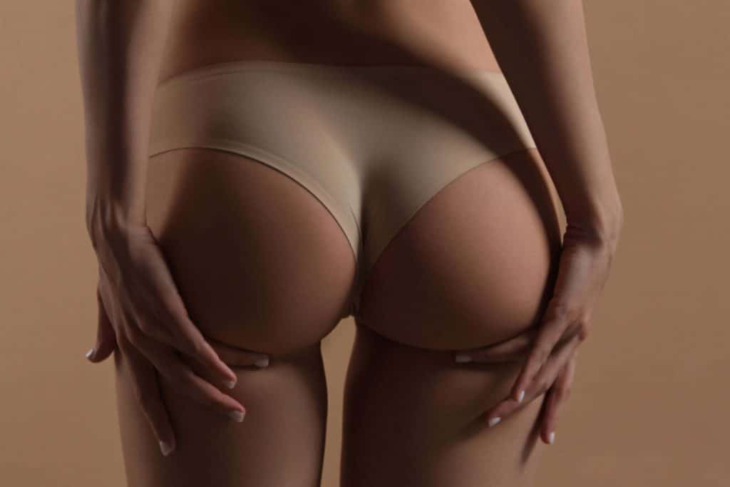 perfect girls ass in tight pants