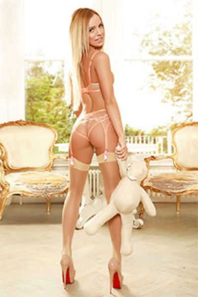 Liana Escort London