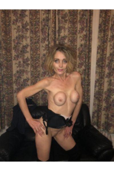 Sexy Shannon Escort Hull